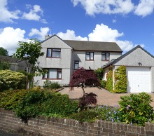 Large versatile modern house with spacious accommodation enjoying attractive views from the rear...